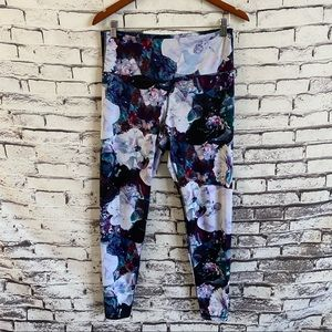 Old Navy Active Go-Dry Fitted Leggings Floral SZ L